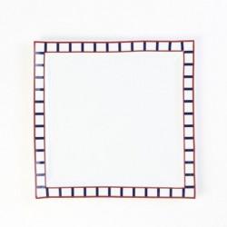 Assiette basque carrée rouge et bleue en porcelaine